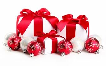 8803466-christmas-gifts (340x213)